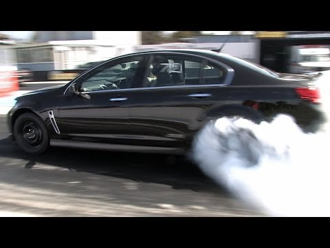 Holden VF Turbo Burnout!