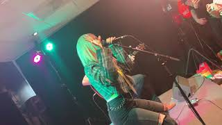 LIVE: Ava Max   Sweet But Psycho (acoustic)  @ NRJ Fresh, Warner Music Finland 22.5.2019