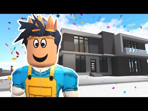 BUYING MYSELF A NEW HOME IN ROCITIZENS UPDATE... nice swimming pool!