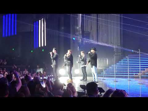 Backstreet Boys live 4/10/19- Don't Go Breaking My Heart
