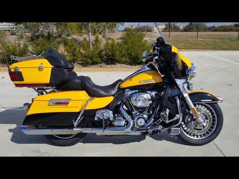 2013 Harley-Davidson<sup>®</sup> Electra Glide® Ultra Limited FLHTK