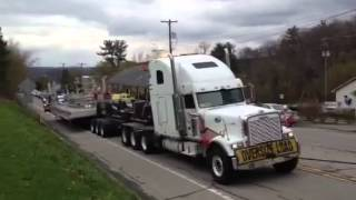 preview picture of video 'Disabled Oversize Load Disrupts Clarion Traffic'