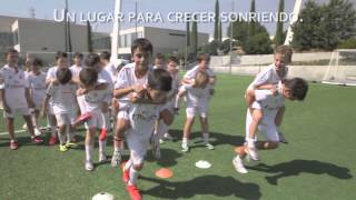 Acampamento de Futebol do Fundação Real Madrid Campus Experience video at Youtube