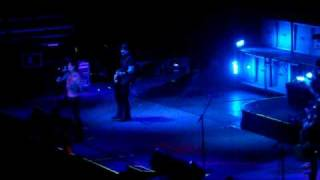 Buckcherry - Please Don't Go Away - LIVE