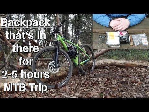 Backpack, Rucksack, für 2-5 Stunden MTB Trip, Camelbak, das ist drin, that´s in there!
