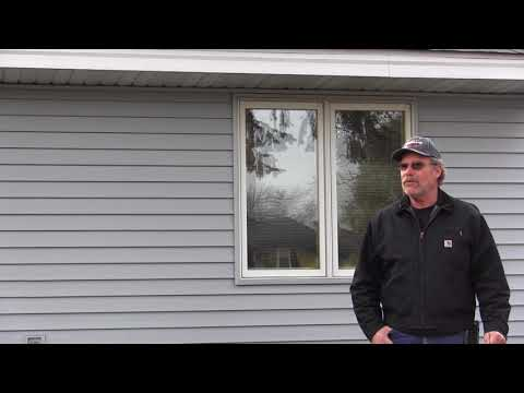 Blaine, Minnesota, homeowner Wayne Morton praises Trinity Exteriors' customer service, professionalism and quality in this video testimonial.