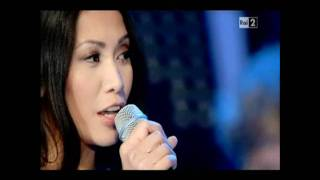 """Anggun & Ronan Keating """"Have yourself a merry little Christmas"""" (Concerto di Natale 2011)"""
