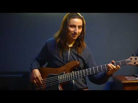 Teen Town - Jaco Pastorius Bass Cover