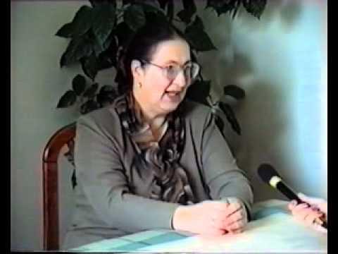 Beszélgetés Holb Margit textilművésszel.