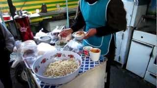 preview picture of video '[C. Asia][KGZ] Ashlanfu Dungan noodle 아샬란푸 국수 Karakol 25com 01.23.13. 0530P'