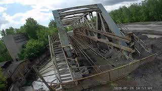FPV practice. Railway bridge. Foxeer box 2 destroy protection glass фото