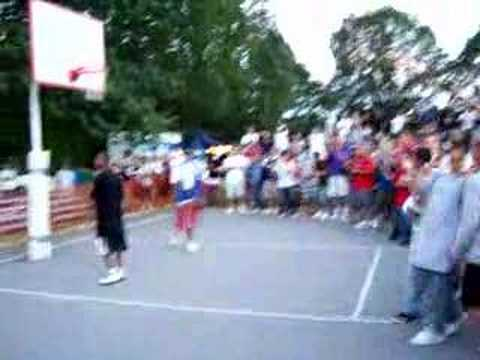 Dolphin Park - Roberto Post Game Windmill Dunk