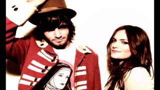 Angus and Julia Stone - Black Crow (HD)