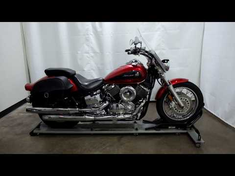 2009 Yamaha V Star 1100 Classic in Eden Prairie, Minnesota - Video 1