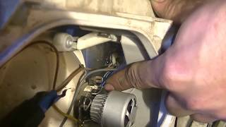 Как поставить светодиодную лампу в фару с цоколем H7 на Газель