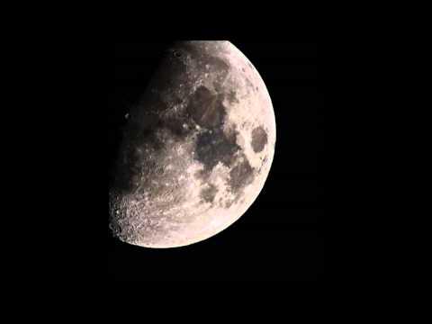 Música 1st Woman on the Moon