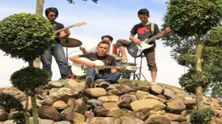 Bujangs & Roses - Oh Cintaku (Comedy Version) [OFFICIAL].WMV