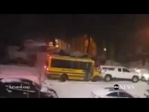 Schulbus in Not