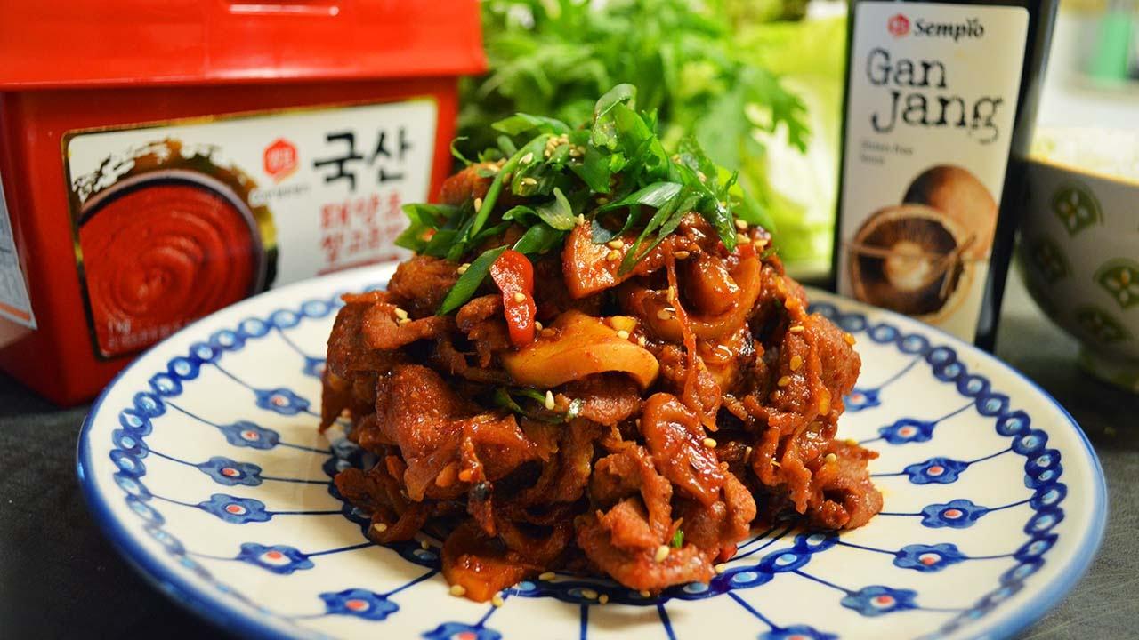 Cooking in Korean photo