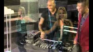 Dj Giggs Superstar performs 'Say yes' (27.04.2012)