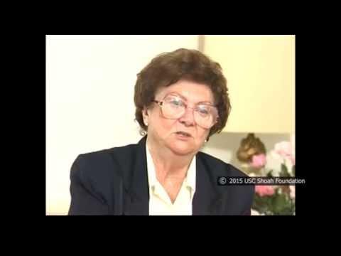 ניצולת השואה, מרי רובינסון, מספרת על הפצצת טור הצועדות ליד רונספרג במהלך צעדת המוות