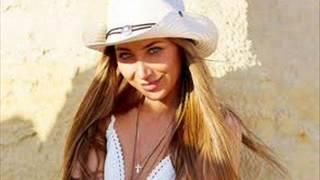 Алёна Roxis  - Освободи( новинка музыки 2013 КЛИП)