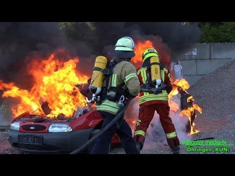Löschmittel F-500 ~ REIFENBRAND + PKW-BRAND = Wassertank trotzdem noch voll / Feuerwehr Öhringen [V]