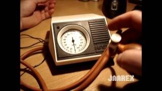 preview picture of video 'Radziecki ciśnieniomierz przedramienny 1988r'