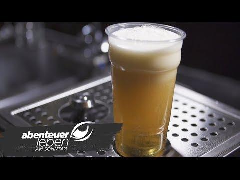 Bier zapfen von unten nach oben | Abenteuer Leben | kabel eins