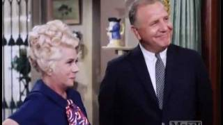 Petticoat Junction - Birthplace Of A Future President - Part 1 - S6 E1