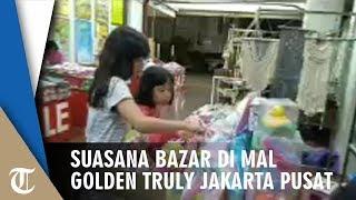 Suasana Bazar di Mal Golden Truly, Ada yang Menjual Action Figure Ahok
