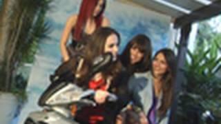 """Виктория Джастис, Photo Shoot With The Girls of """"Victorious"""""""