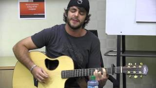 "Thomas Rhett Performs ""If I Could Have A Beer With Jesus"" LIVE"