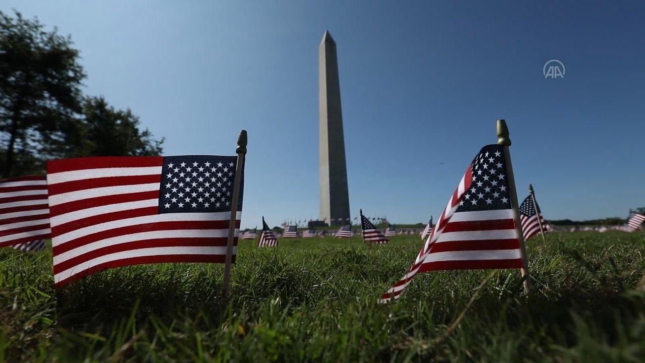 ΗΠΑ:Χιλιάδες Αμερικανικές σημαίες στο Εθνικό πάρκο της Ουάσινγκτον στη μνήμη των θυμάτων COVID-19
