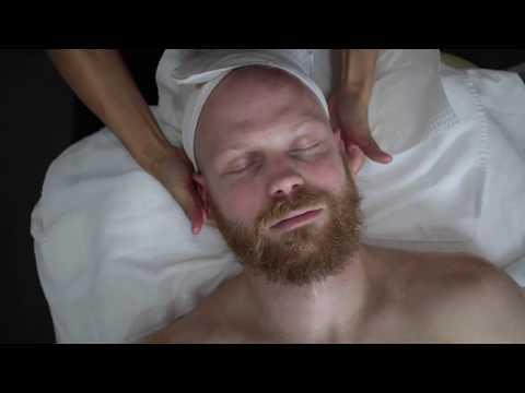 Man Gets Luxury Facial Treatment with Skin365
