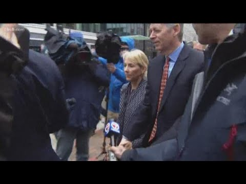 College Scandal: Expert says Elisabeth Kimmel may reconsider plea deal after Felicity Huffman's sent