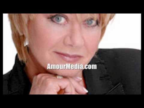 I Dreamed A Dream ♥ Elaine Paige ♥ Les Miserables [LIVE] Susan Boyle's idol Britain's Got Talent
