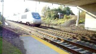 preview picture of video 'Amtrak Acela Express Rockets through Folcroft, PA'