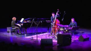 Anat Fort trio: Niga el haChalom שלישיית ענת פורט: ניגע אל החלום
