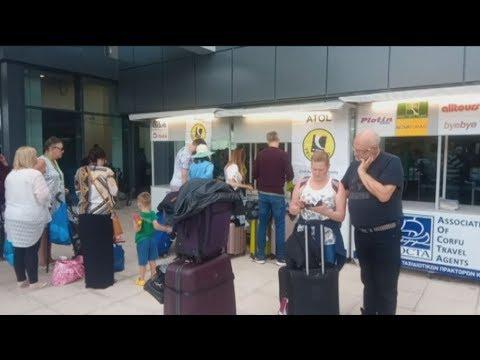 Στον «αέρα» περισσότεροι από 3.000 τουρίστες στο νησί μετά την κατάρρευση της Thomas Cook