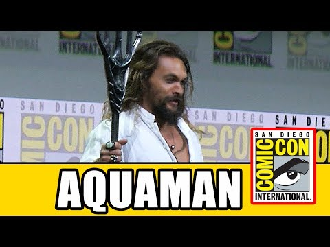 AQUAMAN's Justice League Comic Con Entrance Into Hall H | MTW