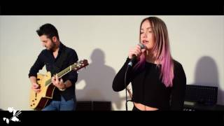 Serinnur Mahmut - Crazy In Love (acoustic cover)