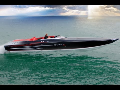 DONZI 43 ZR Power Boat – Ferrari Performance meets James Bond Style