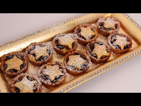 Mini Mince Pies Recipe – Laura Vitale – Laura in the Kitchen Episode 492