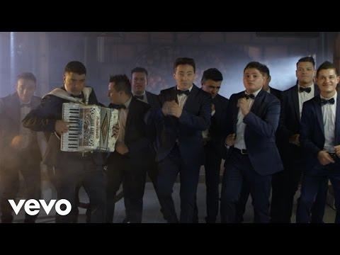 Destilando Amor - Aaron y Su Grupo Ilusion feat. Cristian Castro (Video)