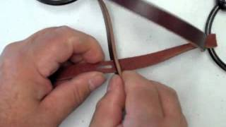 Attaching the Parelli Snaffle Bridle Leather Chin Strap