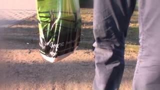 Video Do lesíčka na sekanou