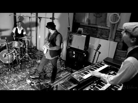 Alan Evans Trio - Woodstock Sessions - Cosmic Hazel Dust @ Applehead Recording Studio 8-24-13 #2 online metal music video by ALAN EVANS