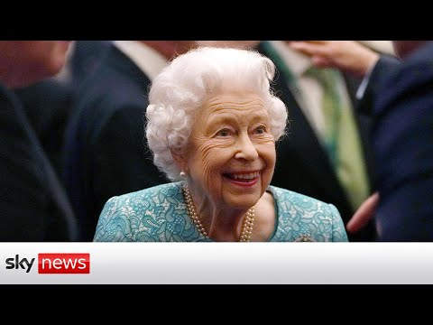 Queen cancels trip to Northern Ireland 'on medical advice'