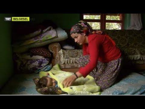 Bir Köy Kadınının Bebeğini Büyütme Mücadelesi